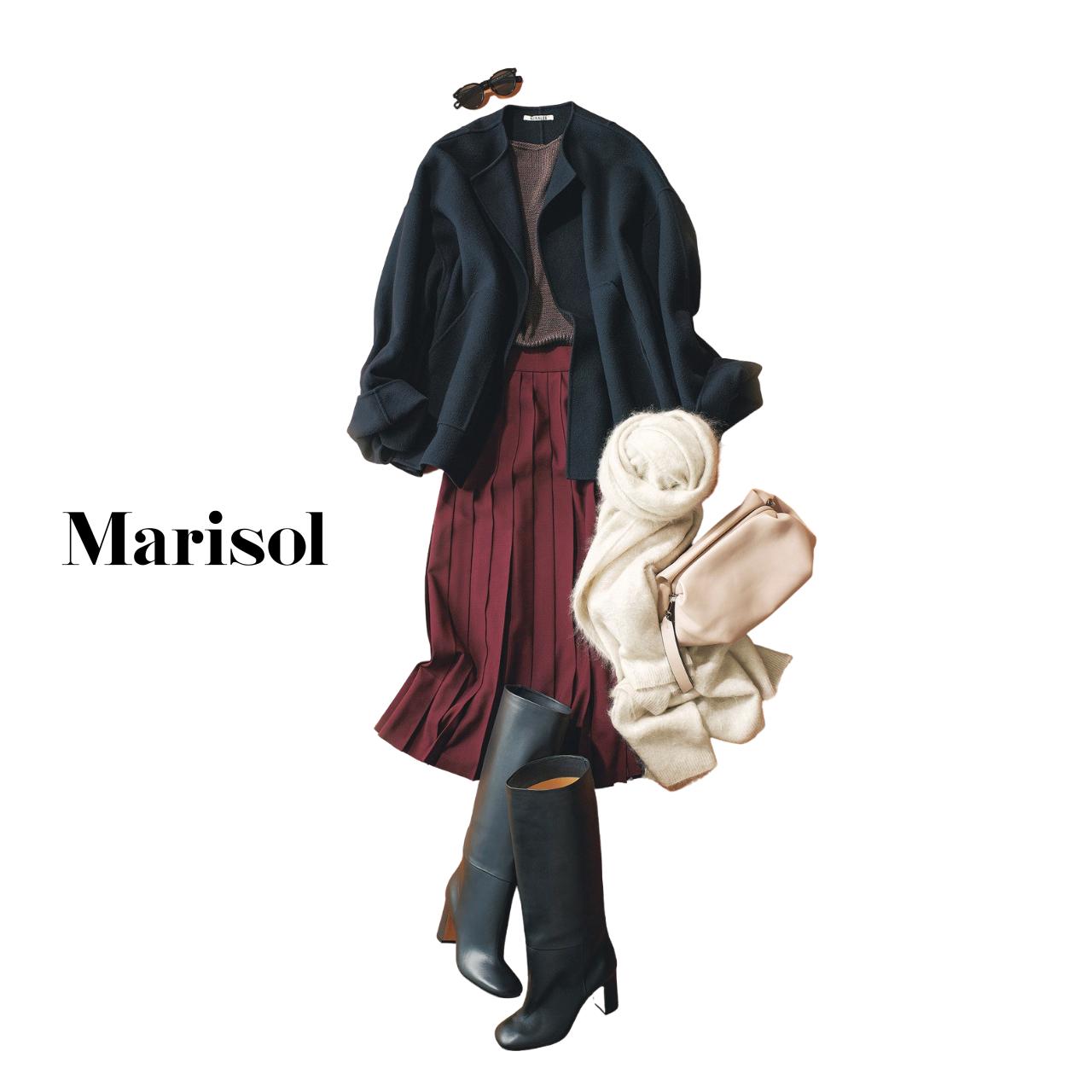40代ファッション ショートコート×プリーツスカート×ブーツコーデ