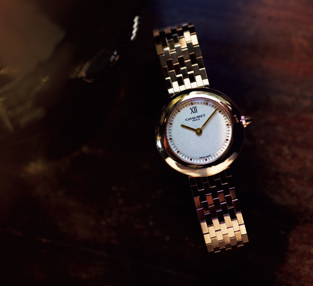 CHAUMETの時計「ボレロ」