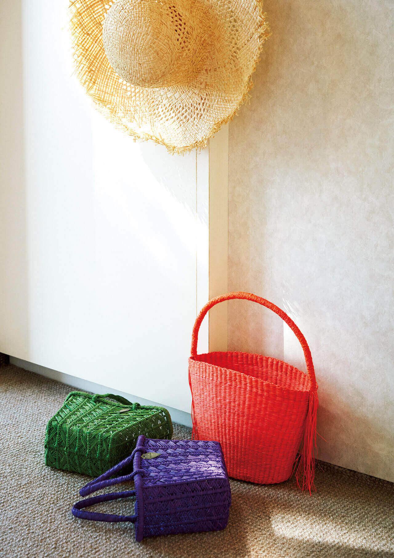 センシ スタジオ、アクラ、のかごバッグ