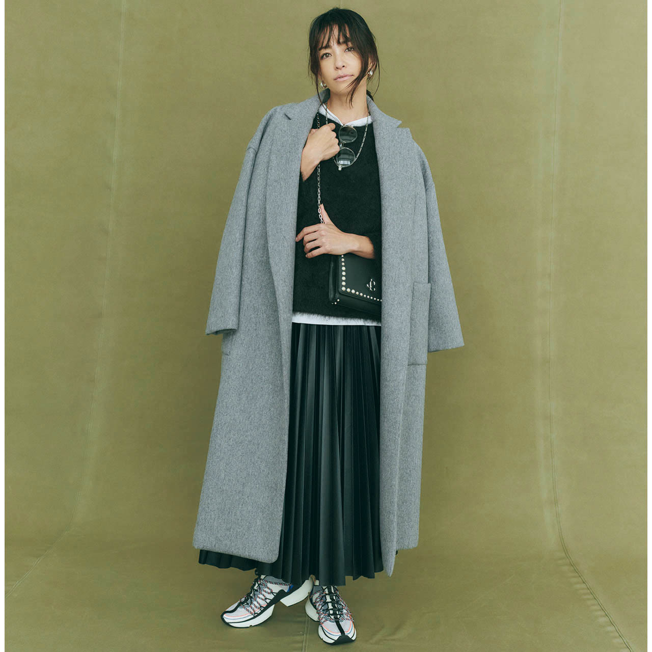 軽やかなのに軽すぎない、グッドバランスな着こなしに モデル/RINA