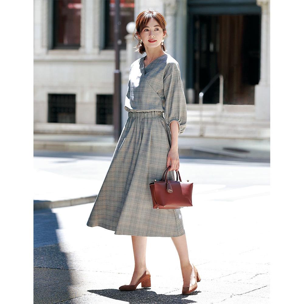 ワンピース×パンプスコーデのファッションコーデ