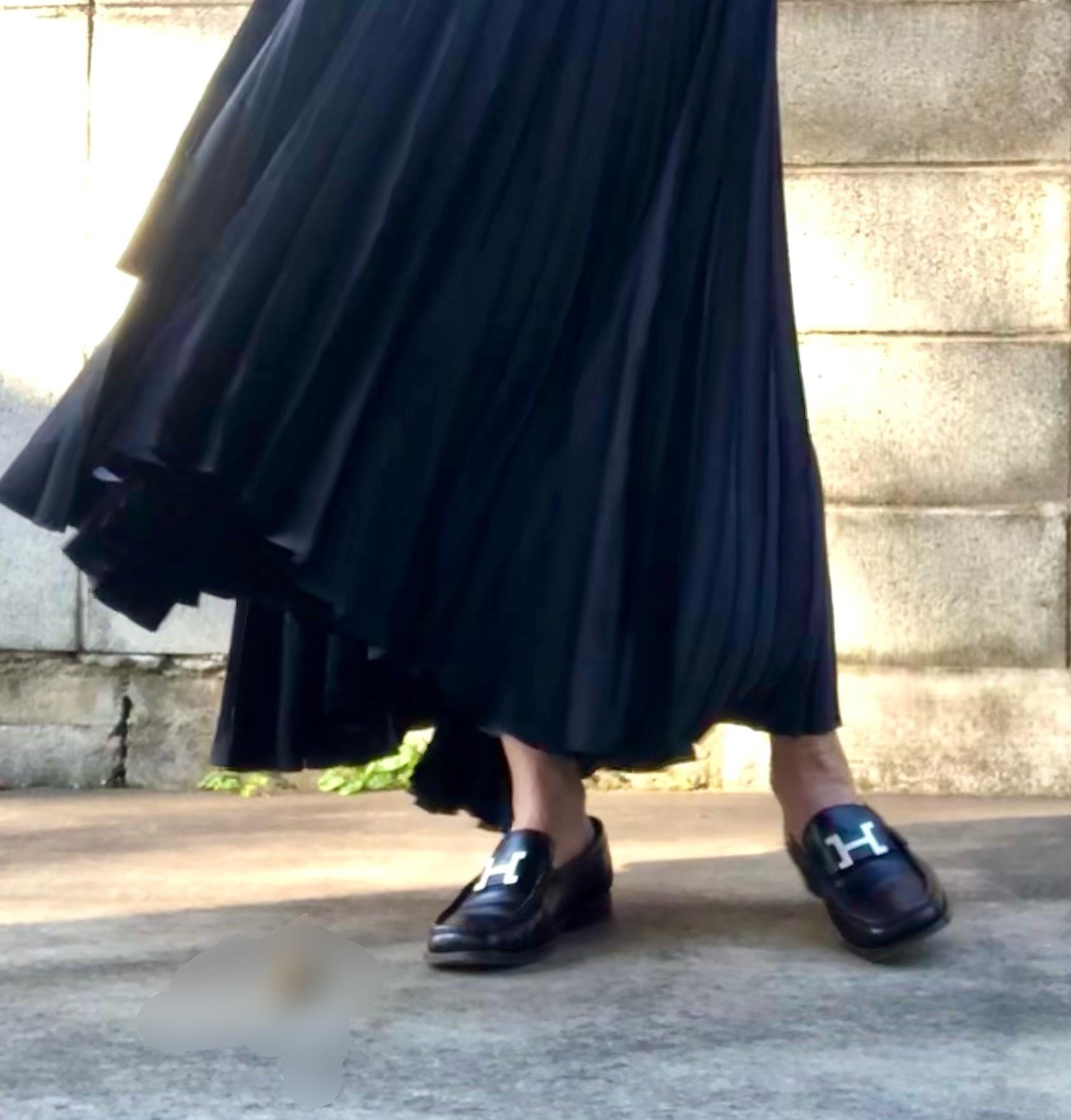 ローファーにプリーツスカート