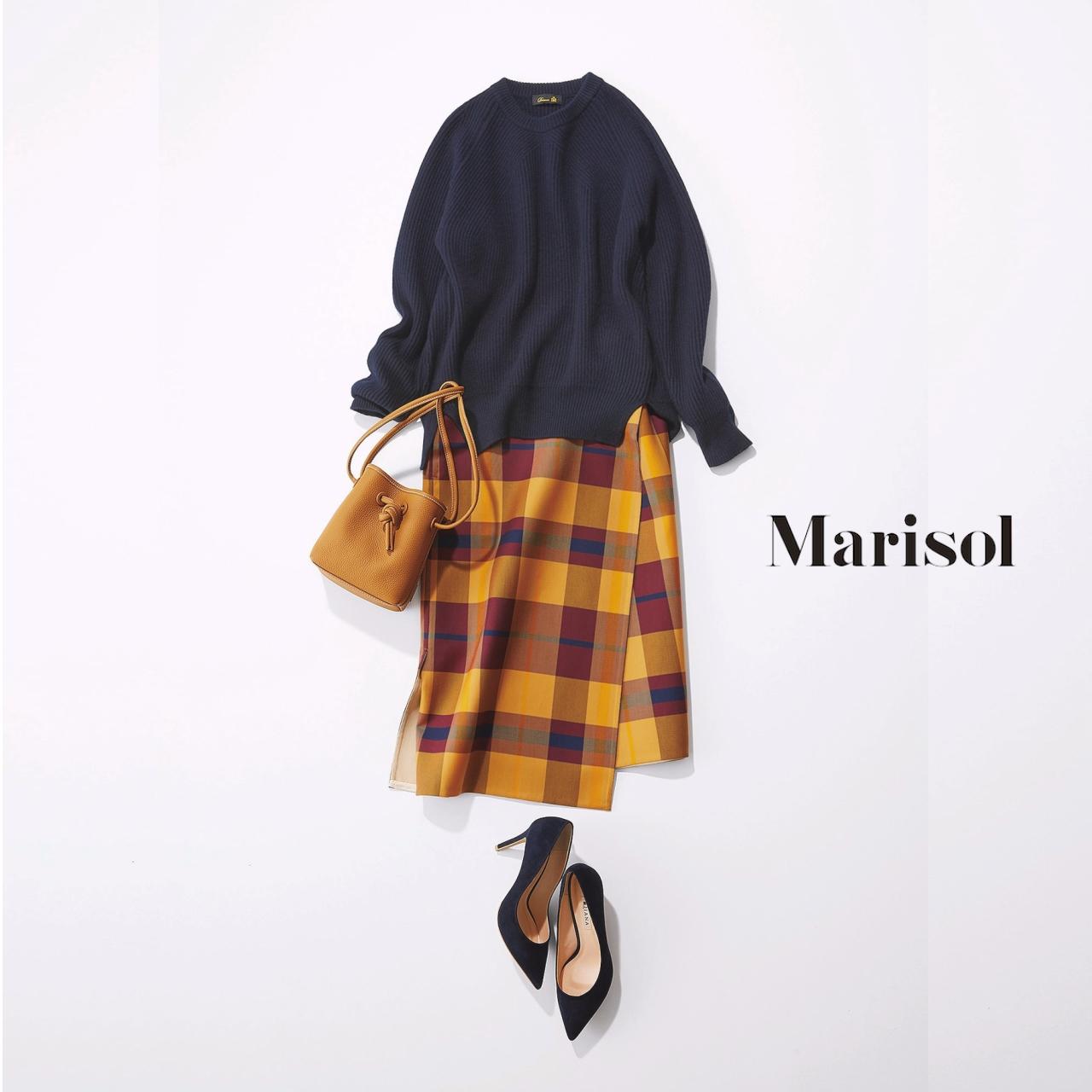 40代ファッション ネイビーニット×チェック柄スカートコーデ