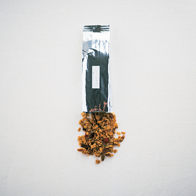 ごま油の風味がアクセント carta「グラノーラ」_1_1