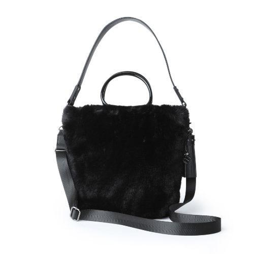 ファーやムートン、冬素材バッグで迎える新しい季節_1_3