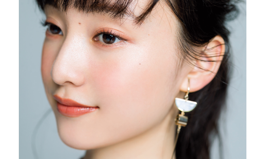 山田愛奈がクール美少女からふんわり優し気に♡ メイクの秘密は?_1_3-8