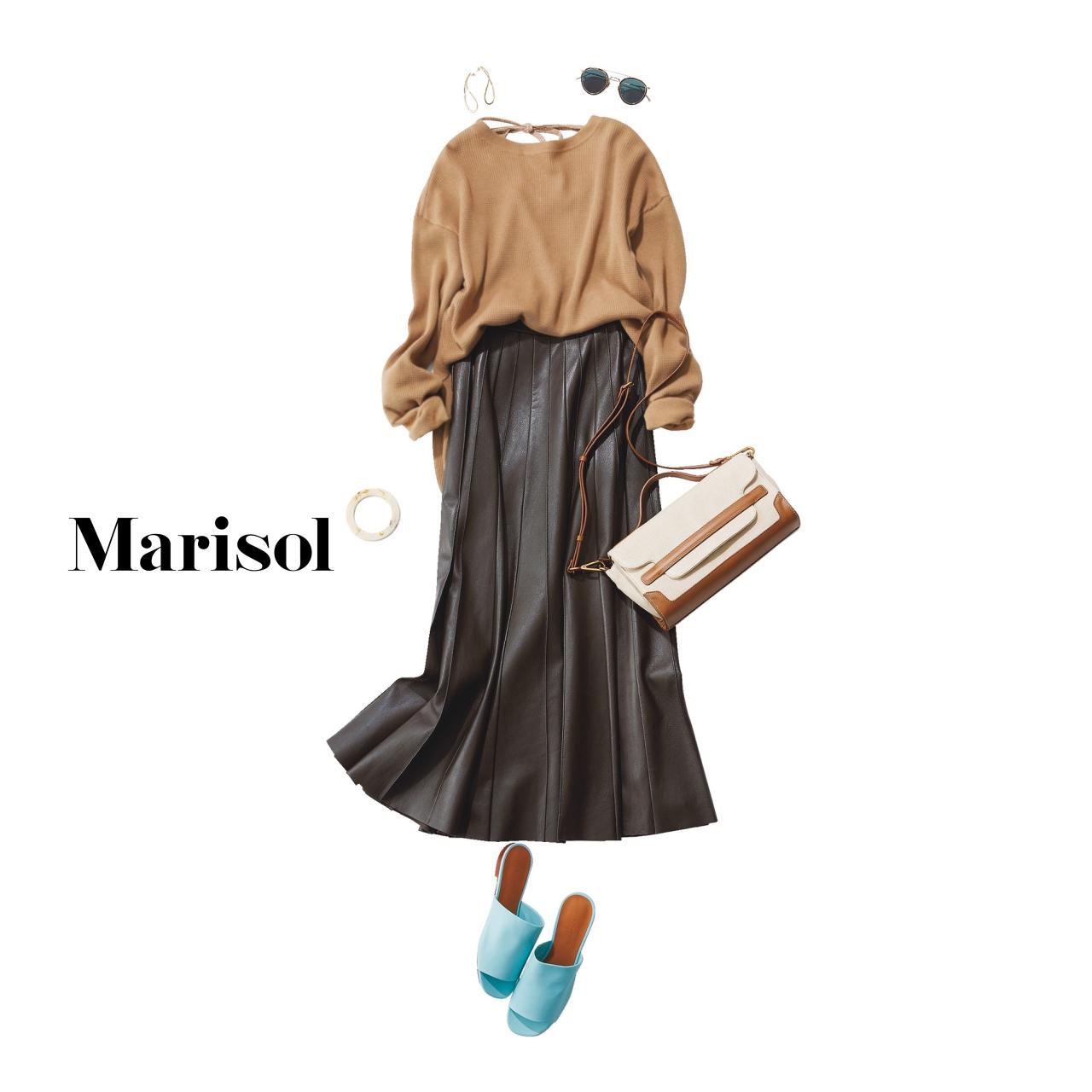40代ファッション キャメル色ニット×チョコレート色スカートコーデ