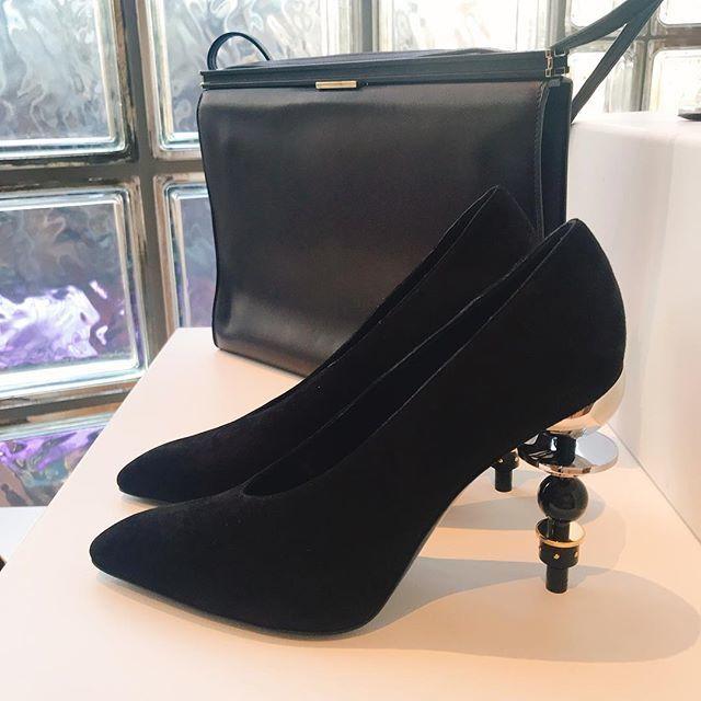 2019年春夏のエルメス展示会へ。美しいアートのような靴たちにテンションアップ!_1_2