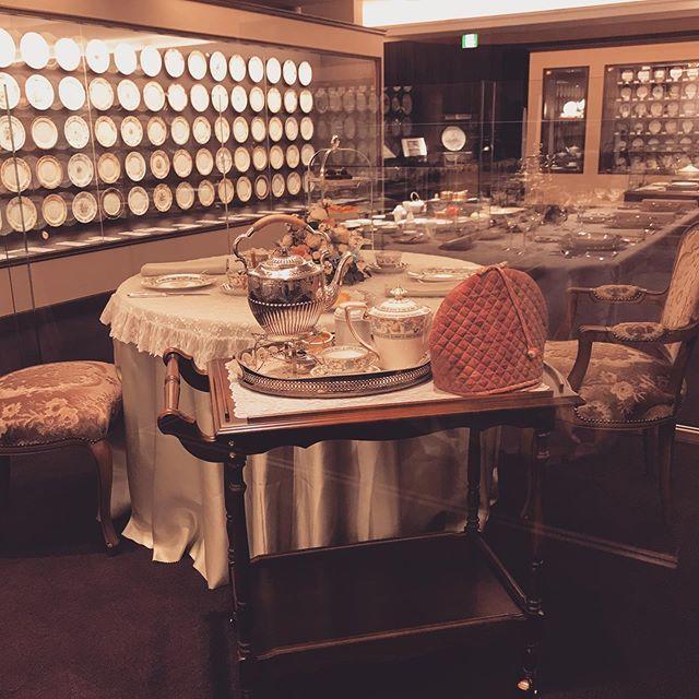 名古屋ノリタケの森ミュージアムで華麗なる「オールドノリタケの世界」に触れる。美しい食器で豊かな食卓を。_1_2