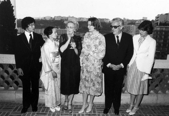 '75年、文化庁芸術家在外研修員として、モナコで学んでいたとき。モナコ公国のレーニエ大公・グレース王妃のパーティにて。