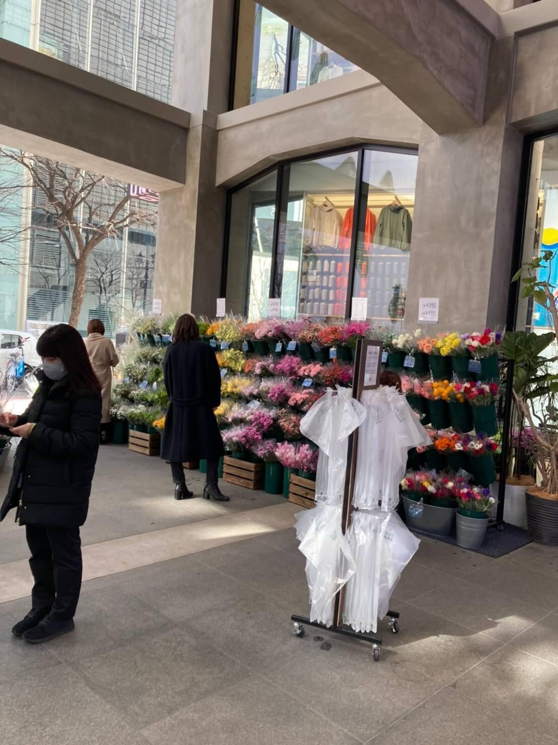 ユニクロでお花が買える!?_1_2-2