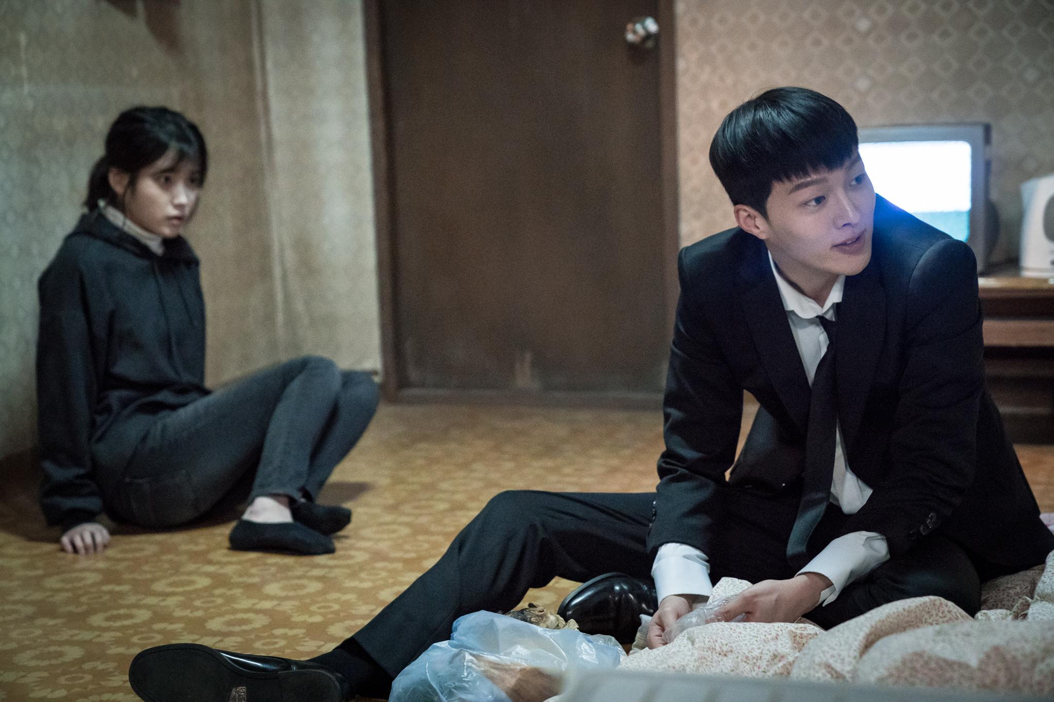 これぞ人生ドラマ、「私のおじさん」のイ・ジウン(IU)さん&イ・ソンギュンさんインタビュー_1_4