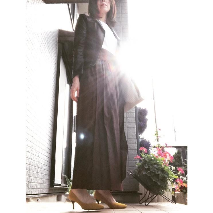 リアル通勤コーデ。スイスイ帰ろう水曜日はマキシ丈スカートで遊び心をプラス!_1_1