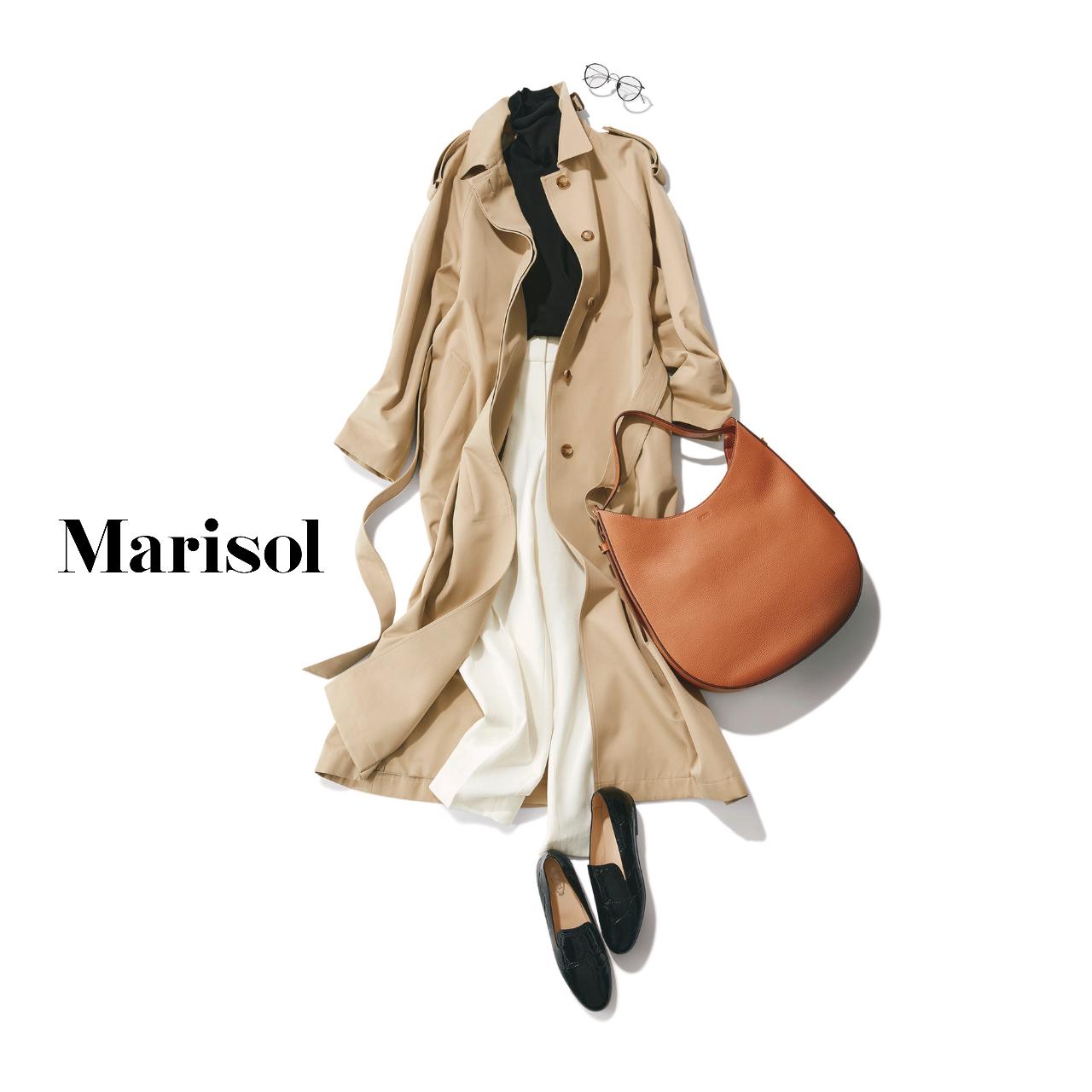 40代ファッション 黒タートルニット×白パンツ×トレンチコート コーデ