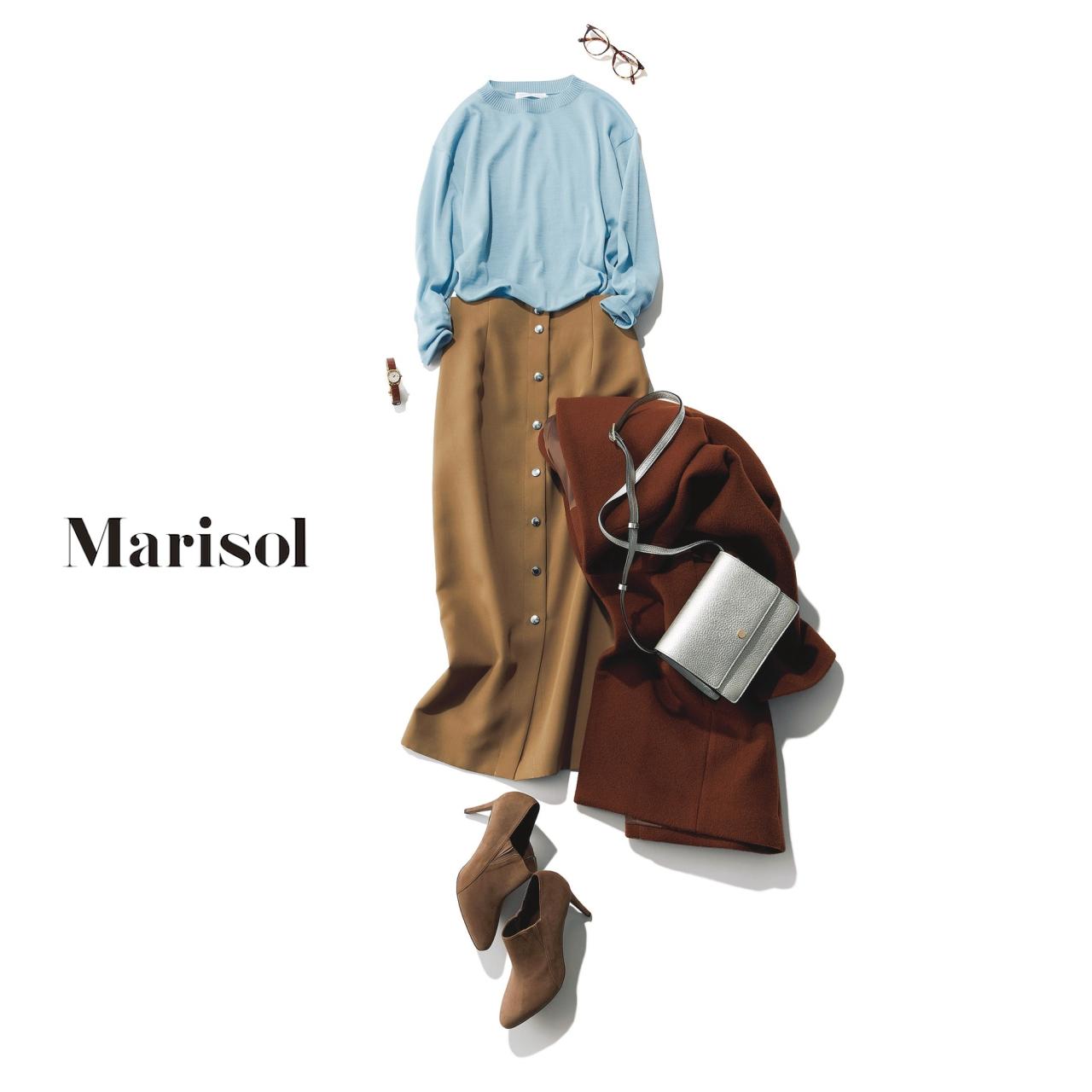 40代ファッション きれい色クルーネックニット×ベージュタイトスカートコーデ