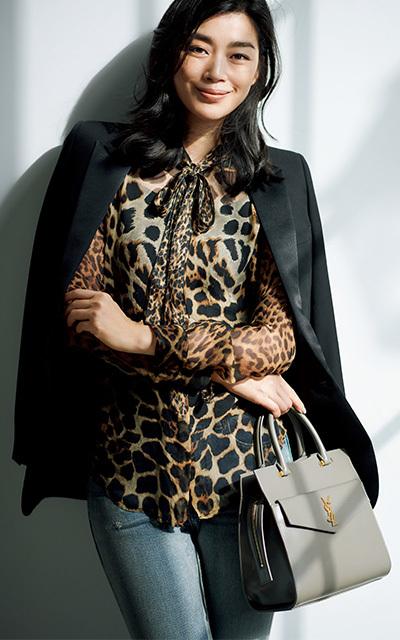 <サンローラン>力強い女性らしさとシャープな持ち味が魅力【身体の一部のハイブランド服】_1_1