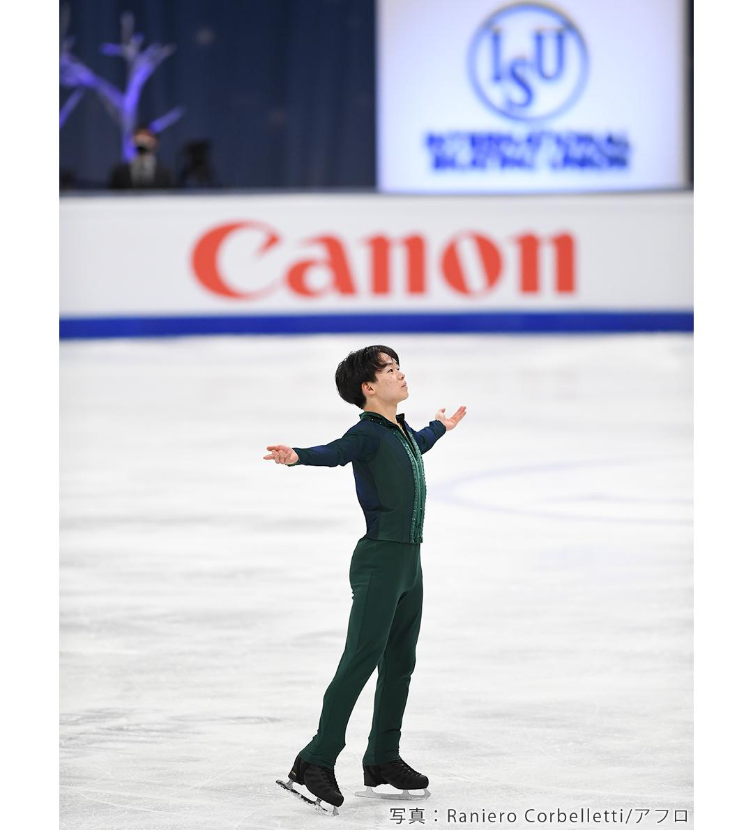 2020年世界選手権に出場し、銀メダルを獲得したフィギュアスケートの鍵山優真選手