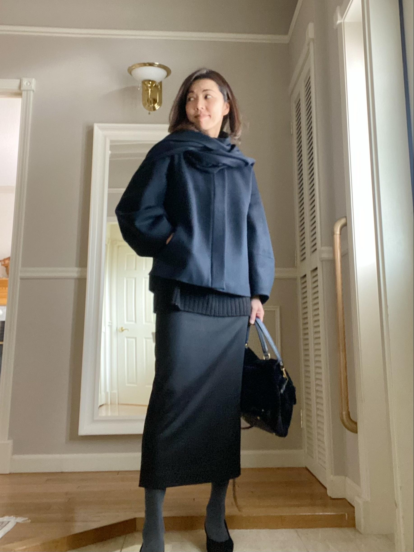 黒ロングタイトスカートとショートコート_1_3