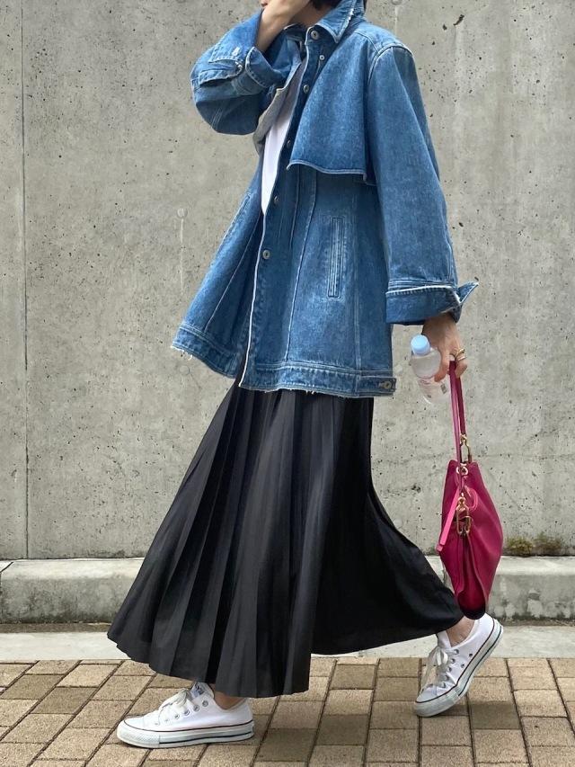 『AKIRANAKA』のデニムジャケット