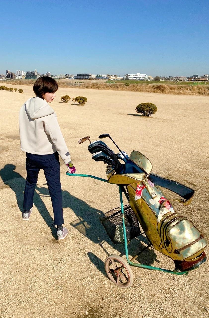 ユニクロコーデで手軽にゴルフ_1_3