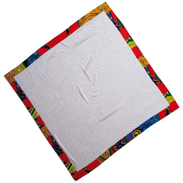 カシミヤシルクストール《アマゾンの祭典》(140×140)¥163,900/エルメスジャポン(エルメス)
