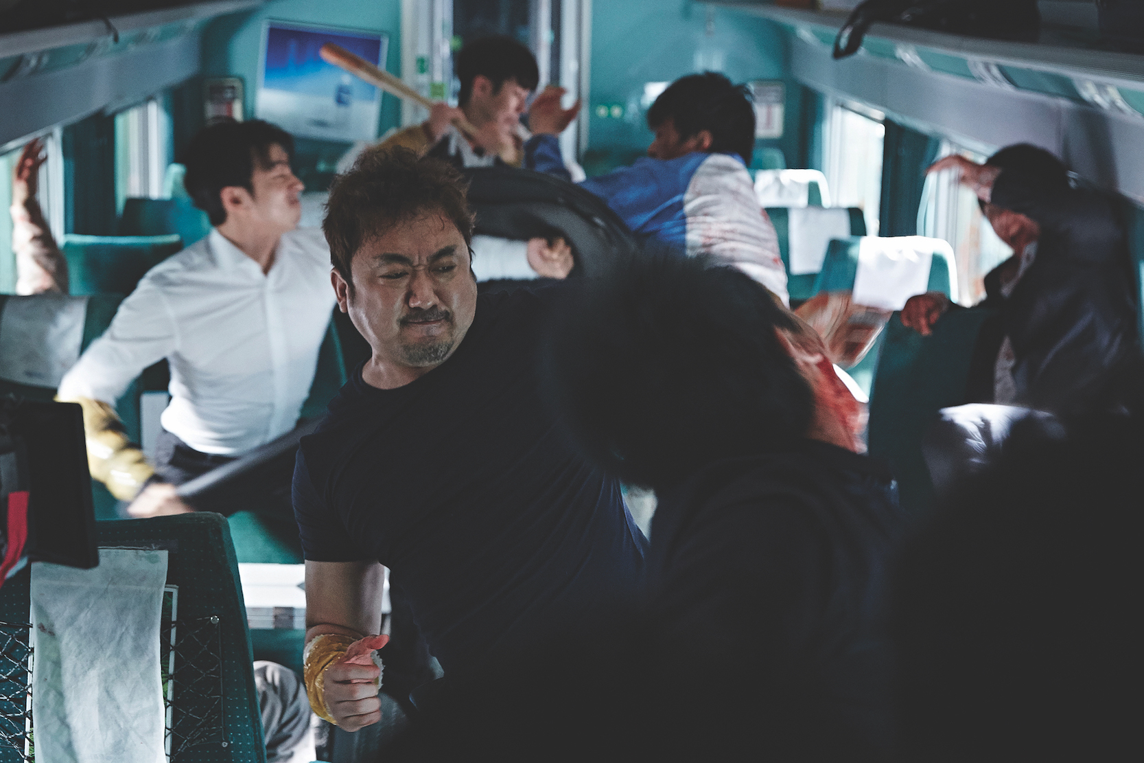 ゾンビ映画という先入観なく、 飛び乗って欲しい釜山行き 「新感染 ファイナル・エクスプレス」_1_3
