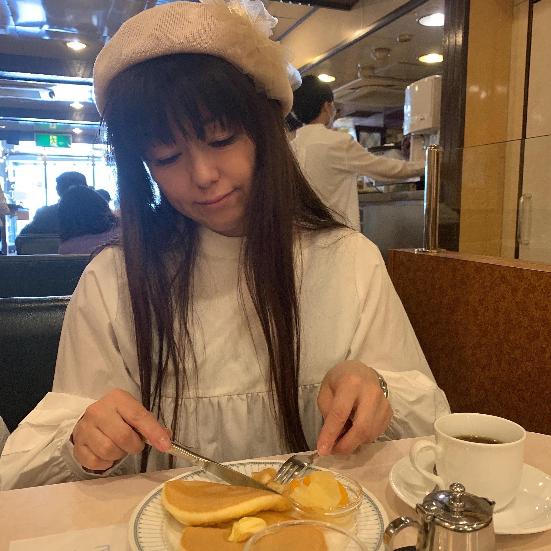 昭和レトロな純喫茶へ
