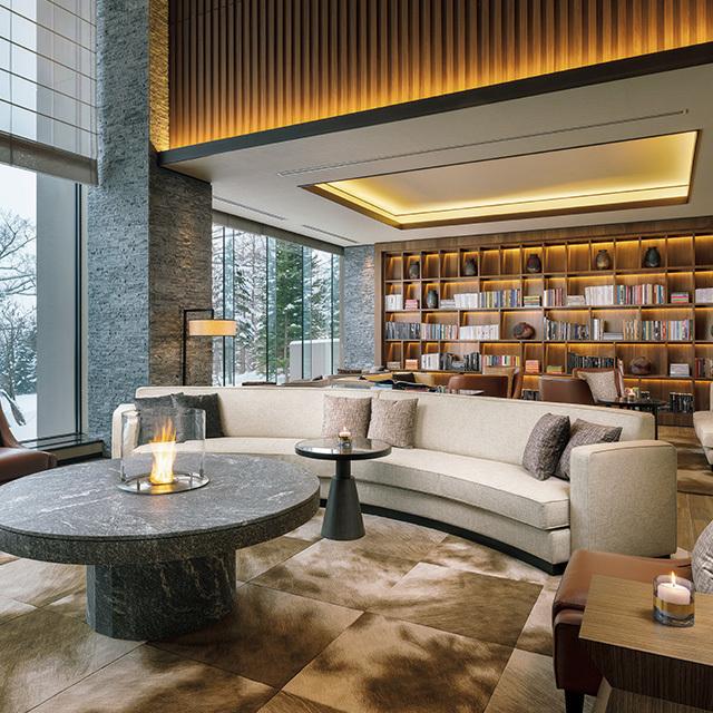 スイートを含む客室は、大理石や杉材などを用いた洗練されたラグジュアリー感が魅力