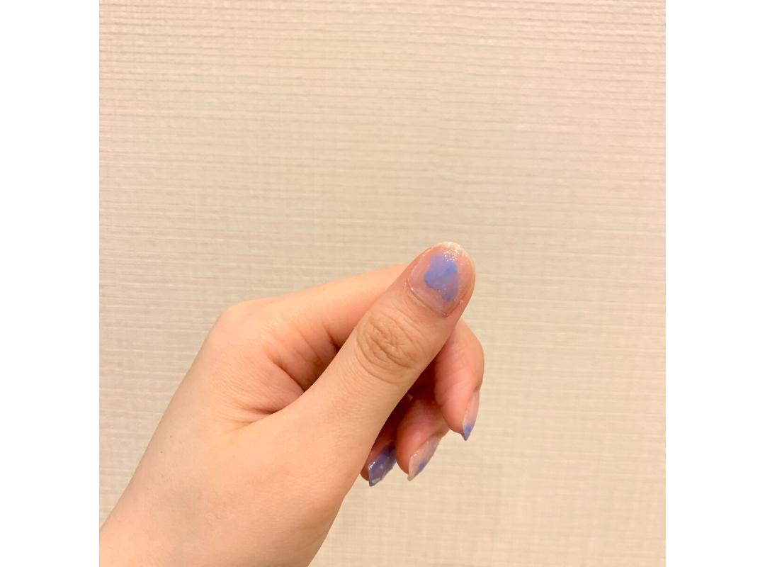 【ダイソー】夏っぽブルーのニュアンスネイル_1_4