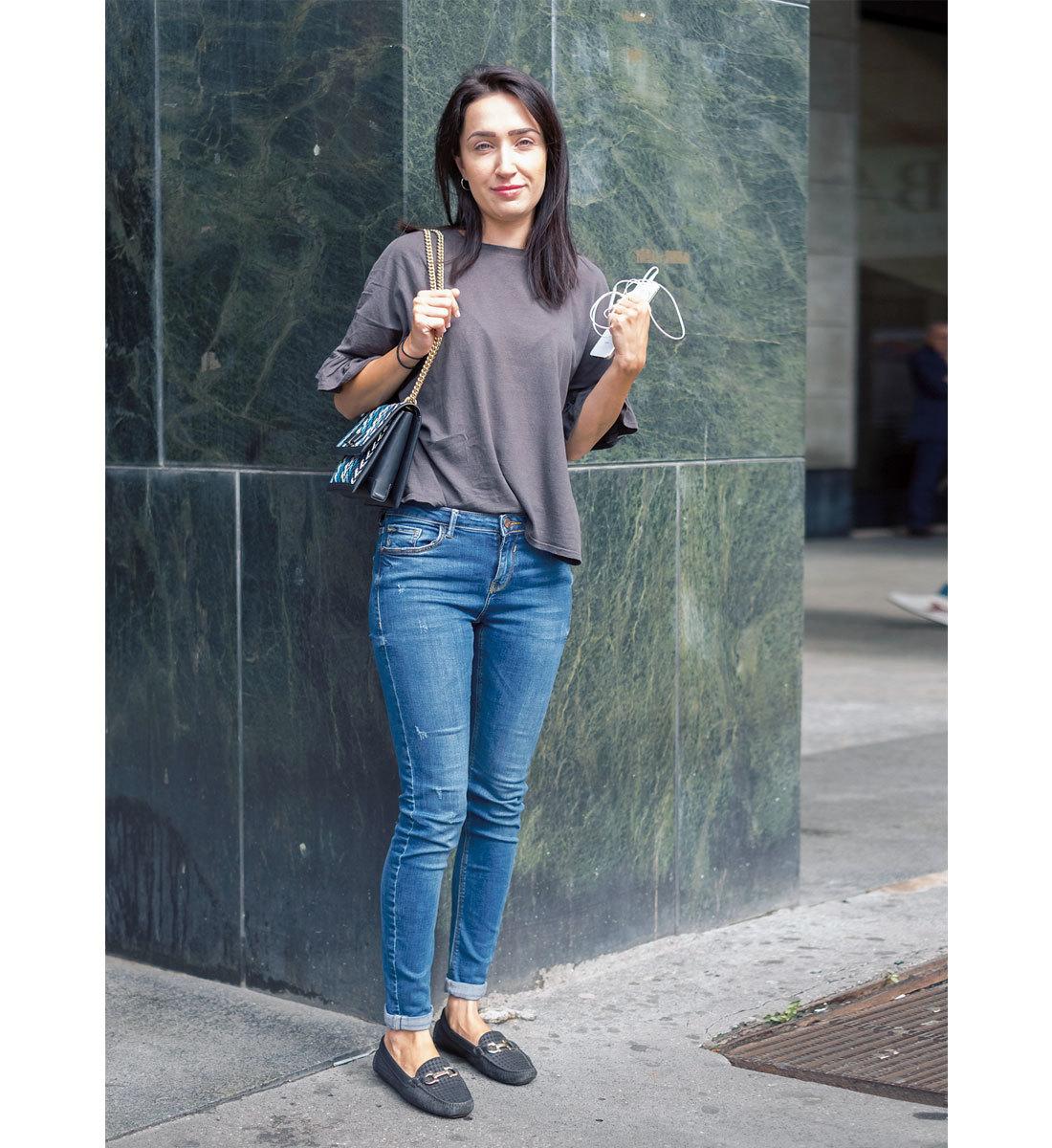 海外ファッションスナップ Tシャツコーデ5
