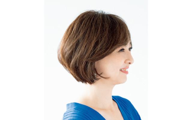 硬く多い髪質の膨らみ・広がりを予防 サイド
