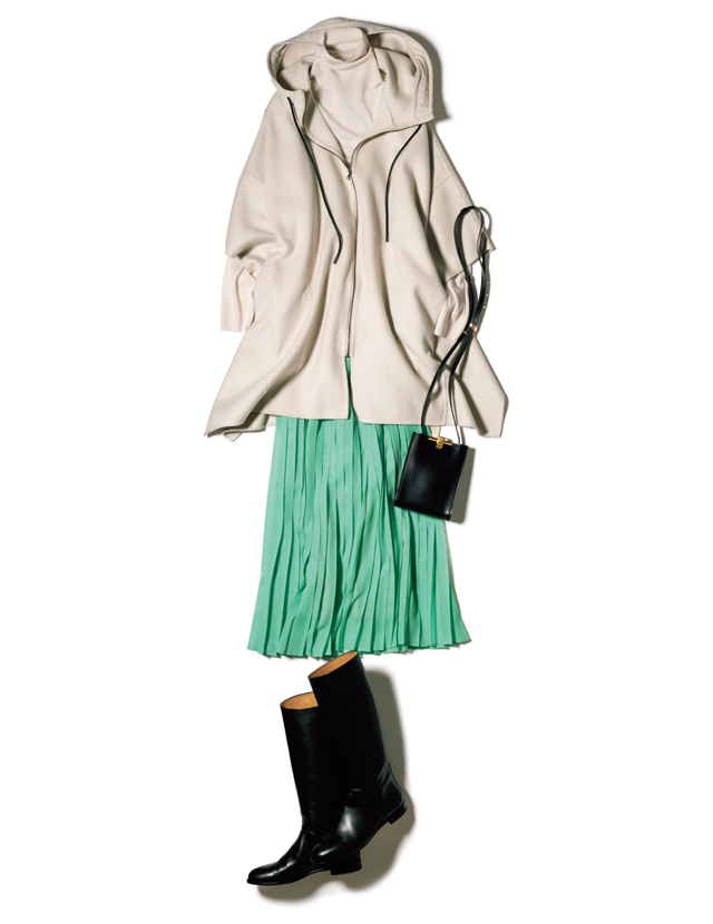 ミントグリーンのスカートコーデ