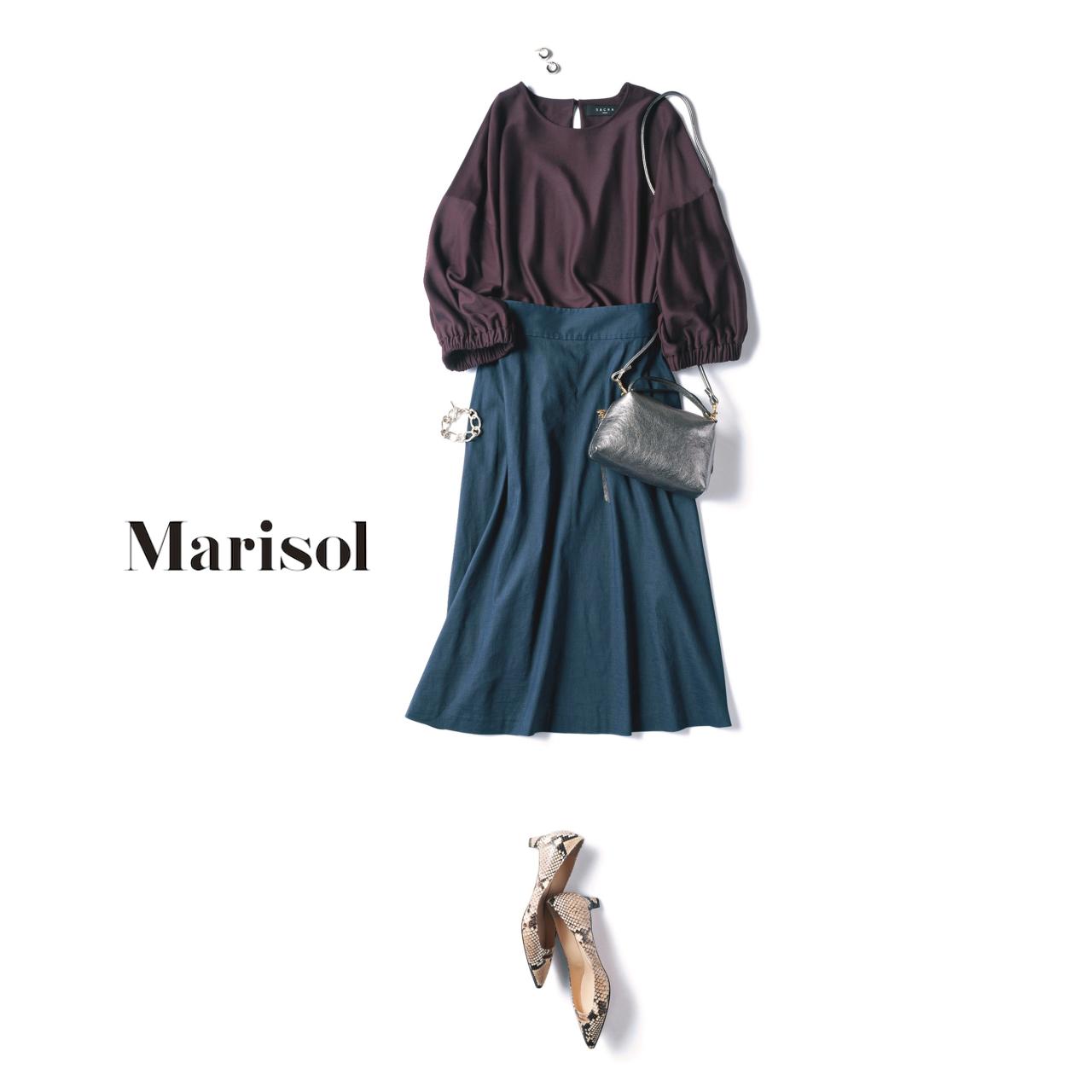 ファッション バーガンディブラウス×ネイビースカートコーデ