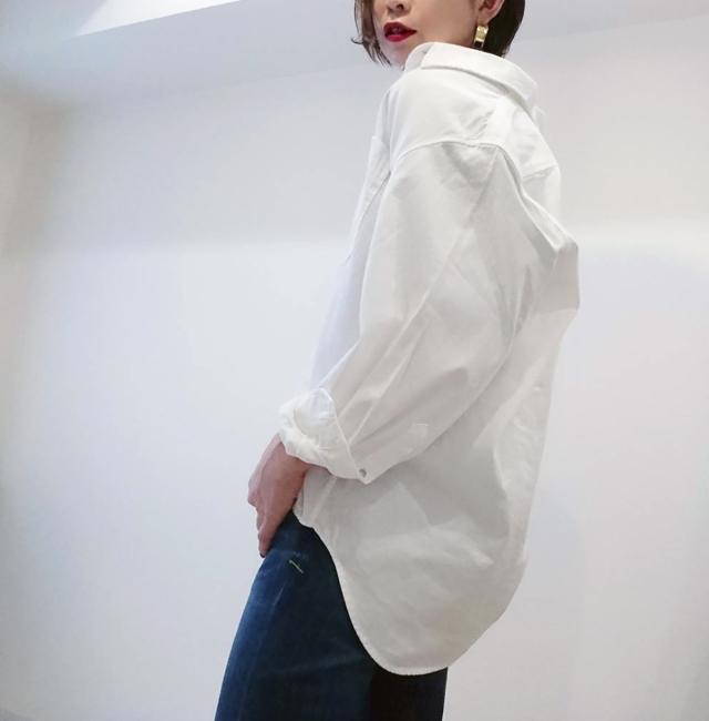 UNIQLOのデニムオーバーシャツで40代のエフォートレスコーデ_1_2