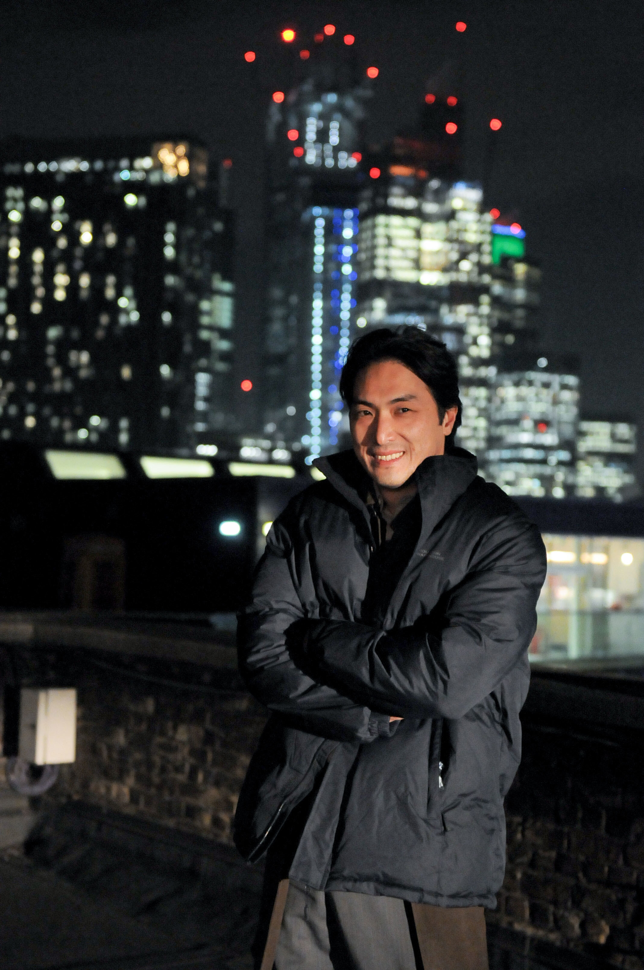 ハマること必至の英国ドラマ「Giri/Haji」。平岳大さん、厳寒ロンドンでの撮影は……。_1_6