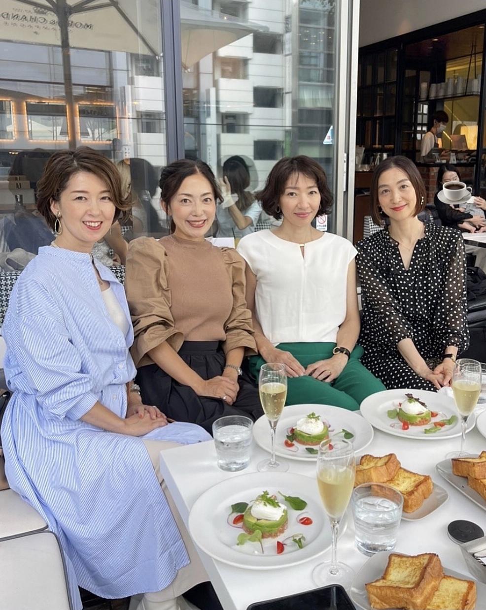 ショートボブ&水玉で華組銀座ランチ♩_1_3