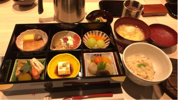 お気に入りのトレンチコートで京都へ♪_1_6-1