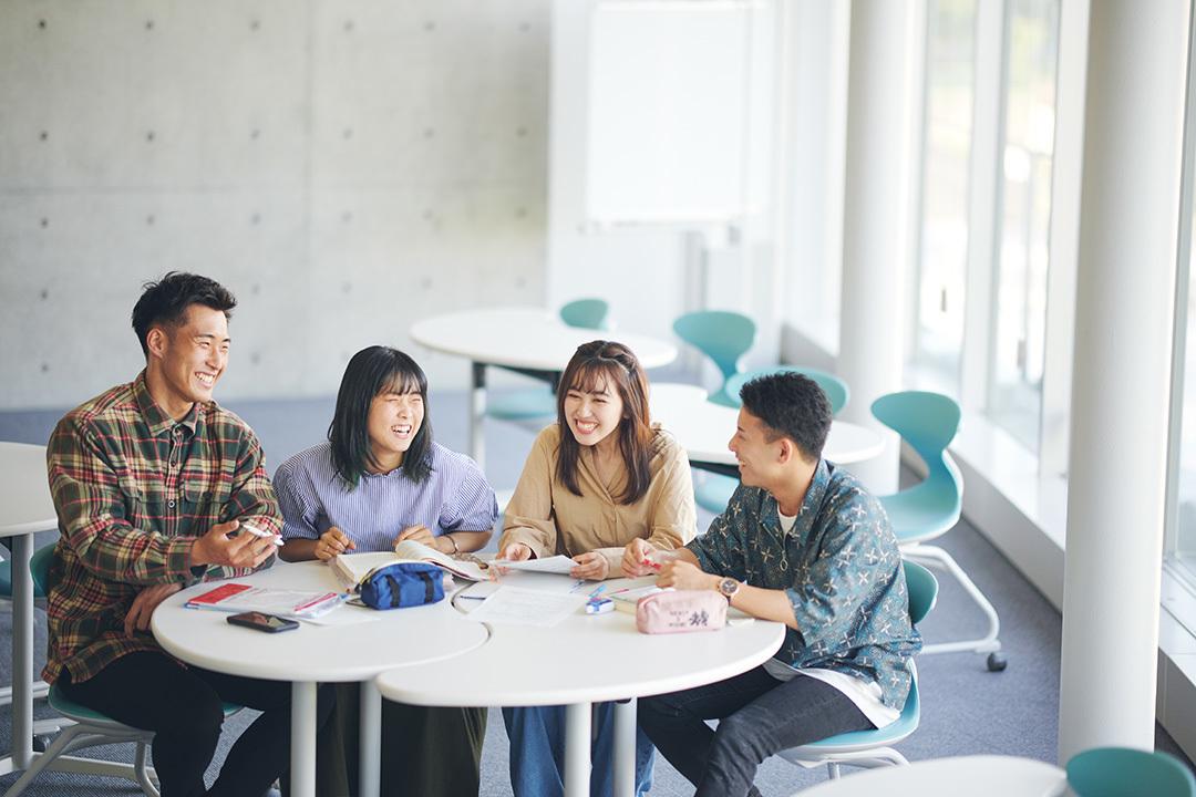 学生語り合い
