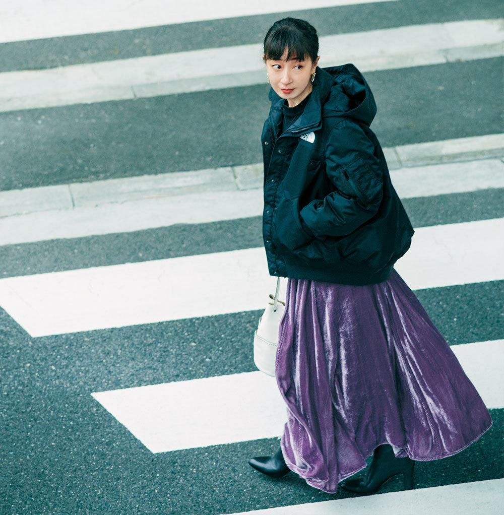 「簡単に女っぽくなれて、楽ちん!」スタイリスト徳原文子さんのカジュアルロングスカート3選_1_2-1