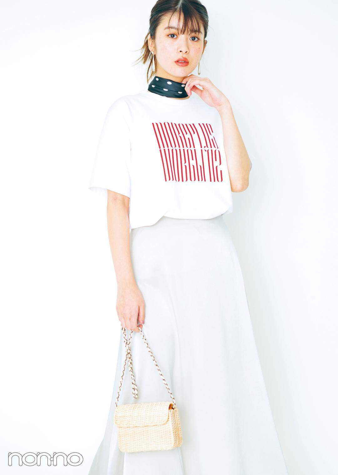 今日からすぐマネできる! 白のロゴTシャツ女っぽ着回しコーデ1×5★_1_3-1