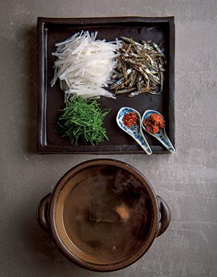 """年始は鍋で身も心も温まる! 豆乳、酒かす、納豆などを使った優しい味わいの""""絶品鍋""""五選_1_1-5"""