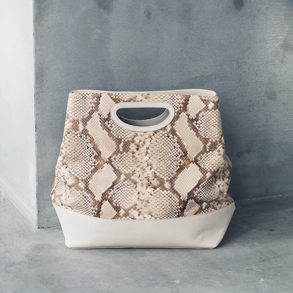 ペリーコの通勤バッグ