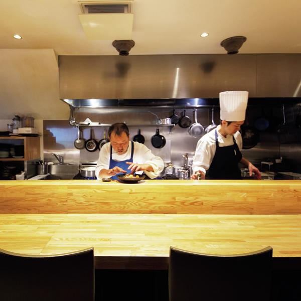 大人の洋食が大人気! 洋食 おがたの「ハンバーグ」【京都、あの店のあの一品】_1_1-3