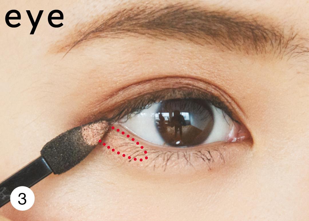 【時短メイク】ブラウンアイシャドウで目&眉を一気にメイクする技を公開!_1_4-3
