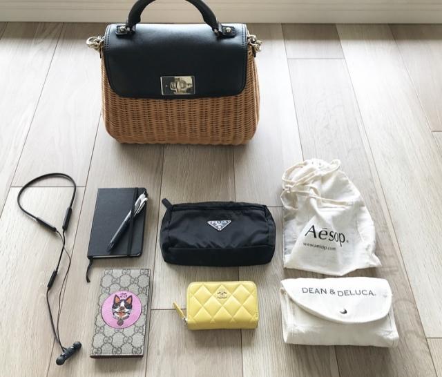 お仕事の日のバッグの中身 & 無印の大人気エコバッグをご紹介【40代 私の愛用品】_1_1
