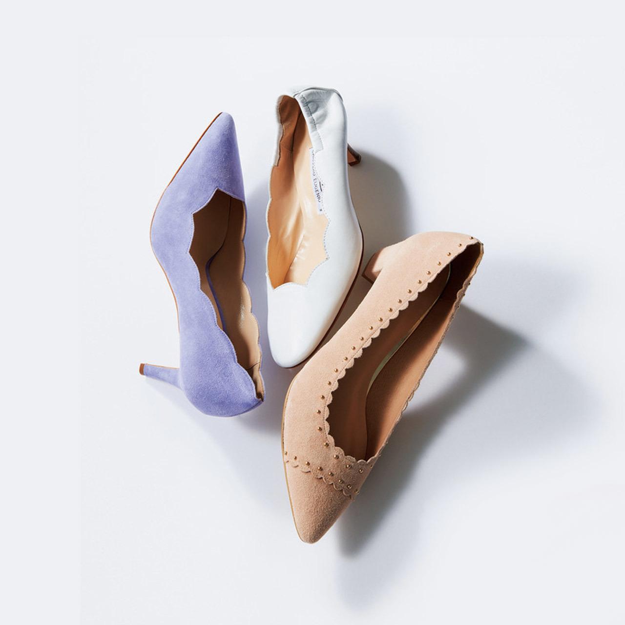<可愛くて、美脚にも効果ありの「スカラップ靴」も続々>