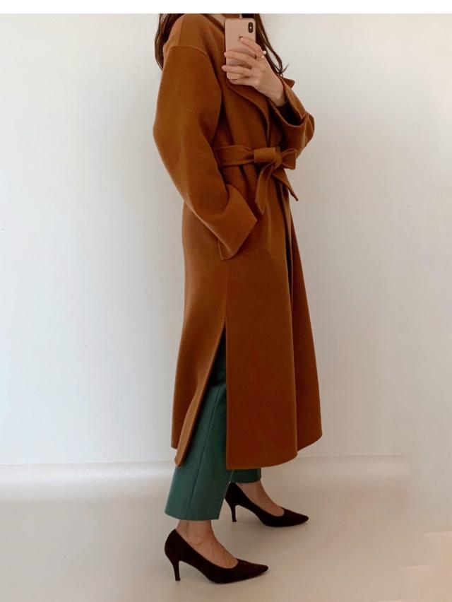 今年のコートはゆったりフォルムで_1_2