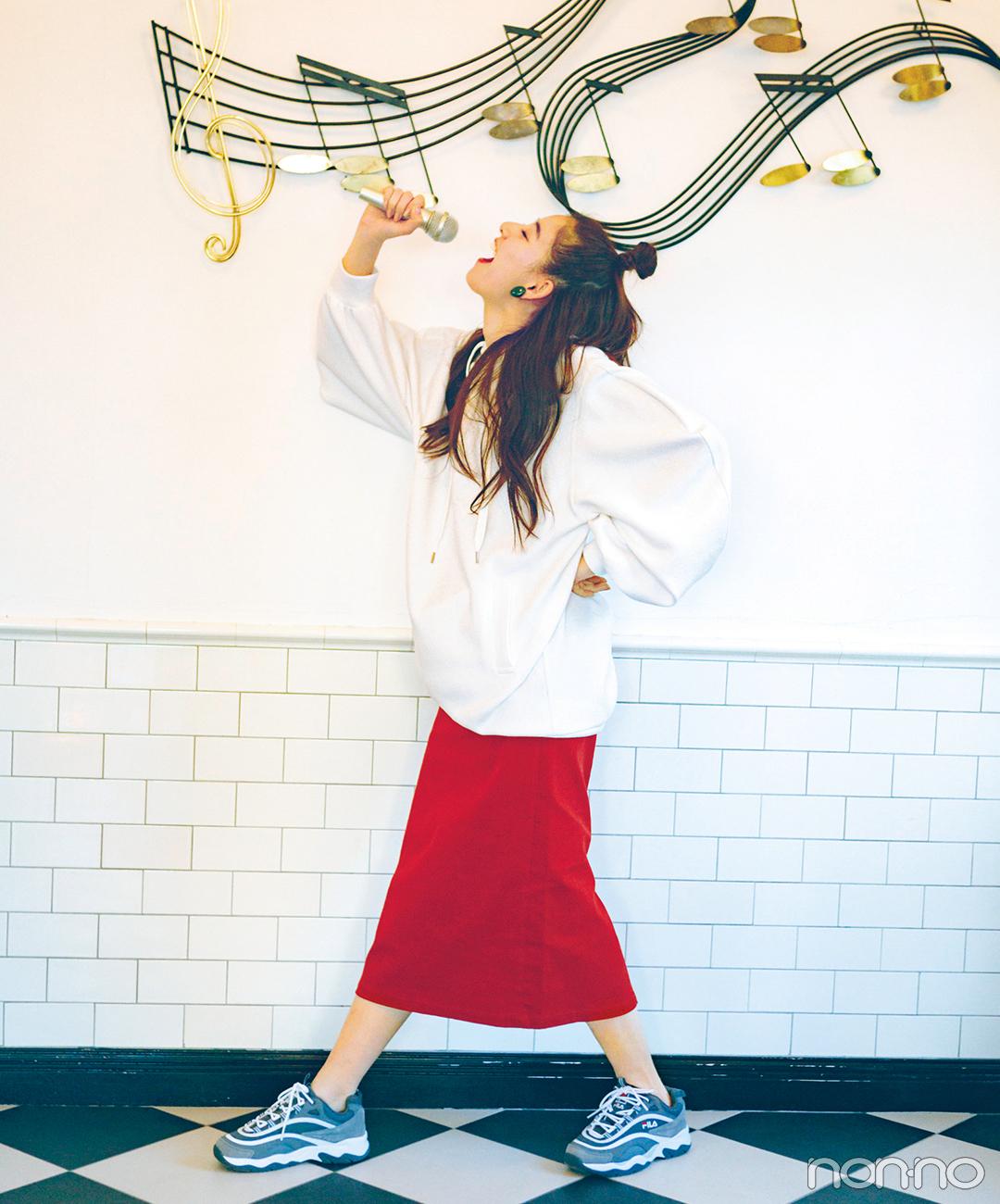 新木優子は赤のロングタイトスカートで、ハッピー感満点コーデ!【毎日コーデ】_1_1