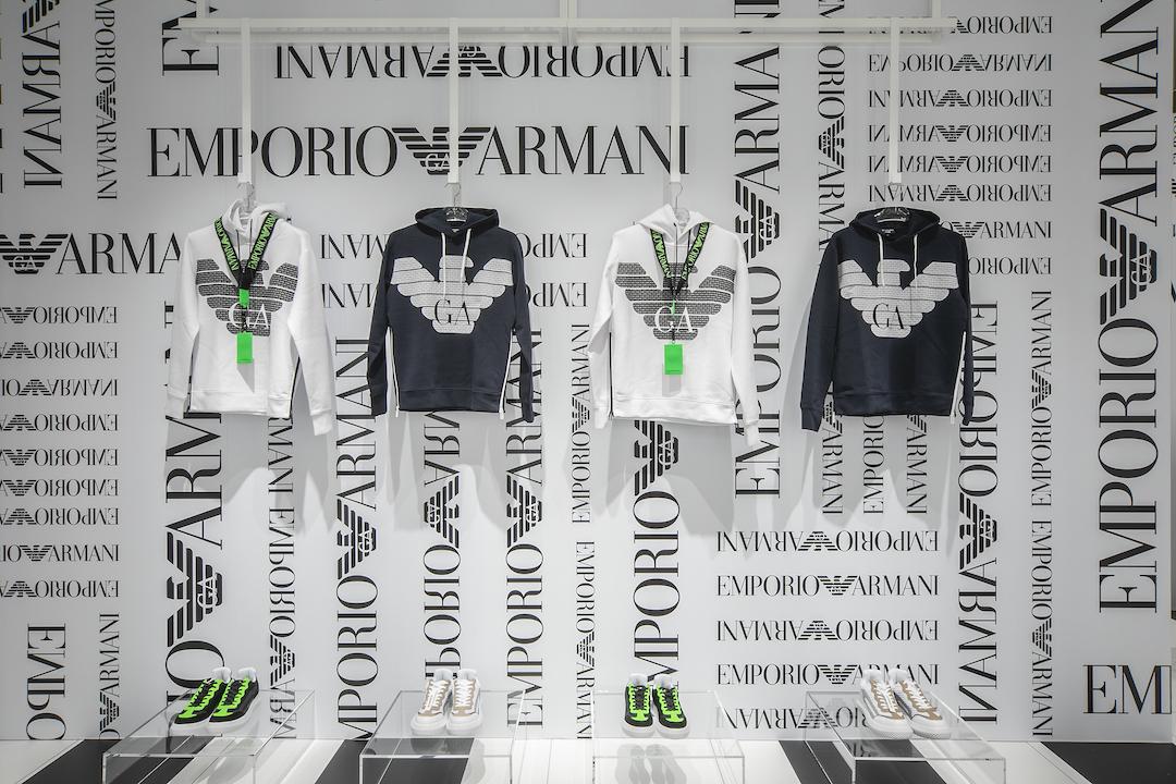 ロゴだらけの店内に限定品たっぷり♡ 「エンポリオ アルマーニ サテライト」が新コンセプトに!_1_2
