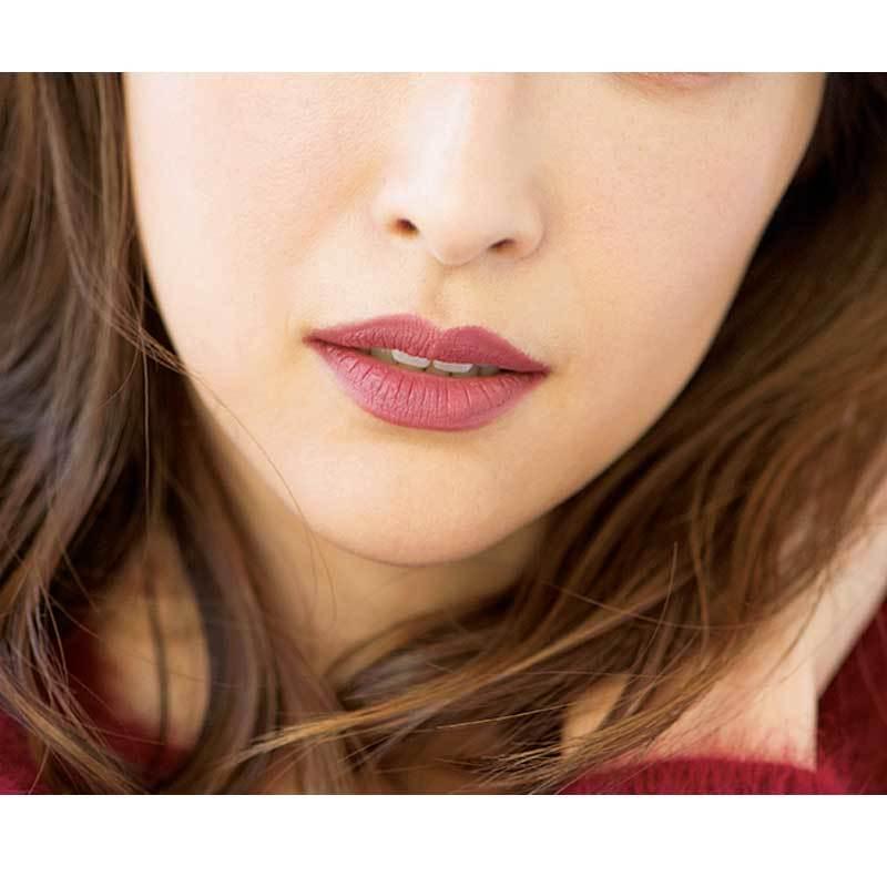 唇に、目に。塗るだけで女らしくなれる。旬の「ベリー色」を楽しむメイク_1_3-1